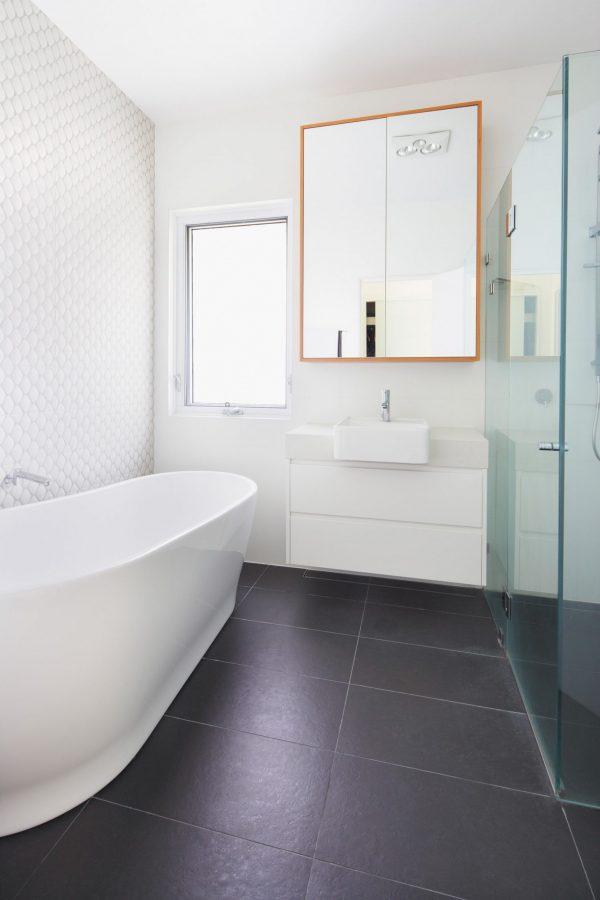 Wincrest_bathroom