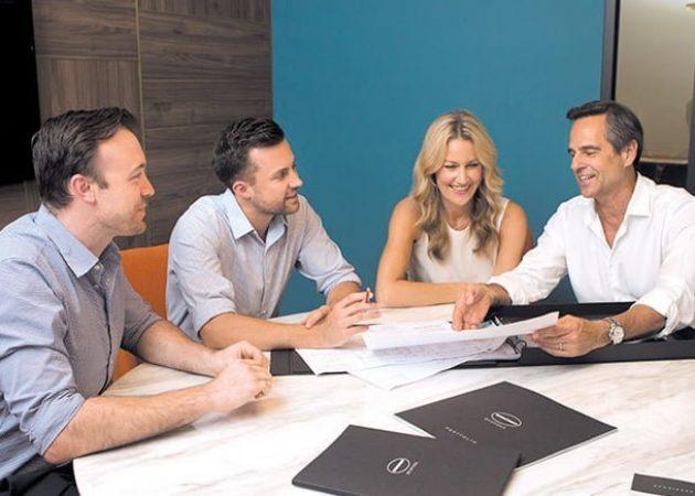 team-client-meeting-wincrest